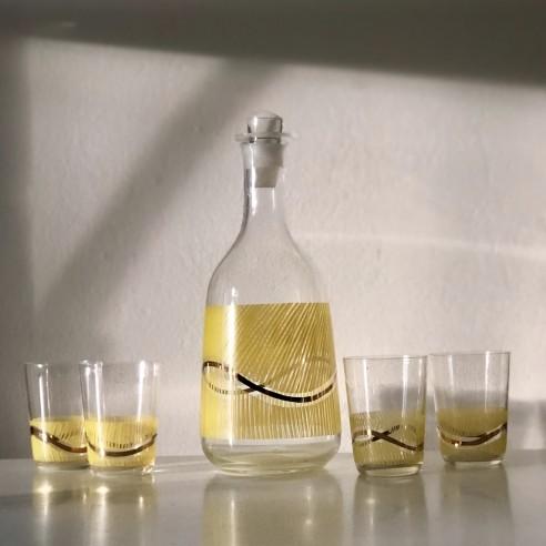 skleněná karafa  a 4 pohárky