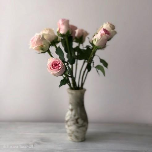 váza mramorová