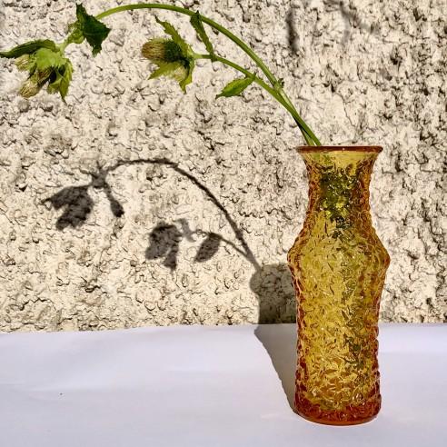 váza zambrového lisovaného skla