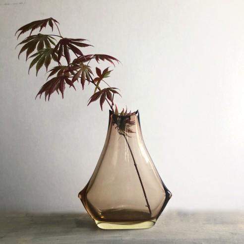 váza z hutního skla