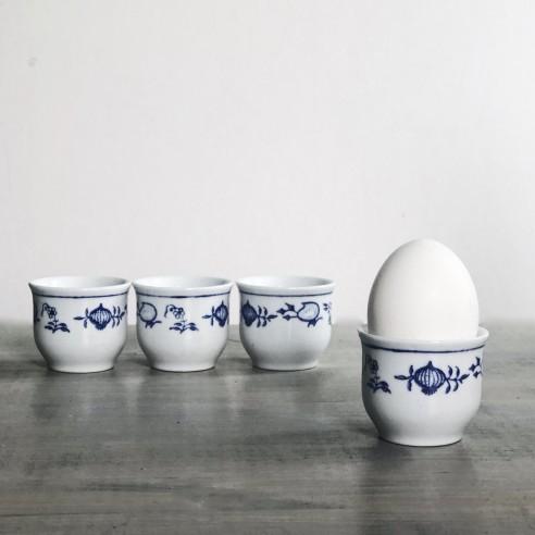 set čtyř kalíšků na vajíčka nebo slivovici