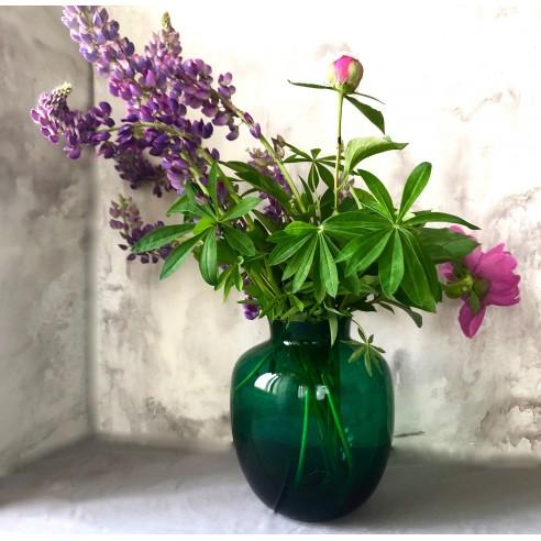 zelená skleněná váza